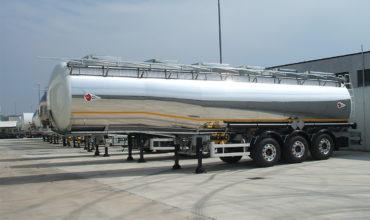 Cisterne trasporto prodotti Corrosivi, Tossici e Chimici